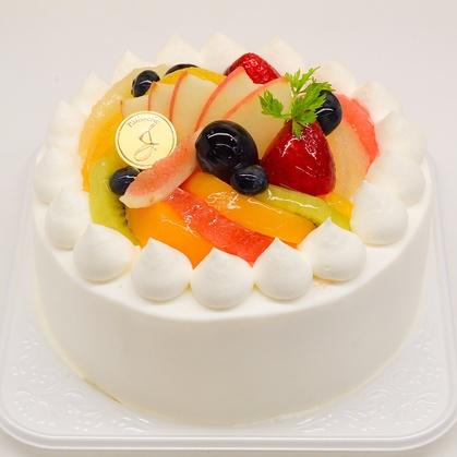 バースデーケーキ「フルーツデコレーション」